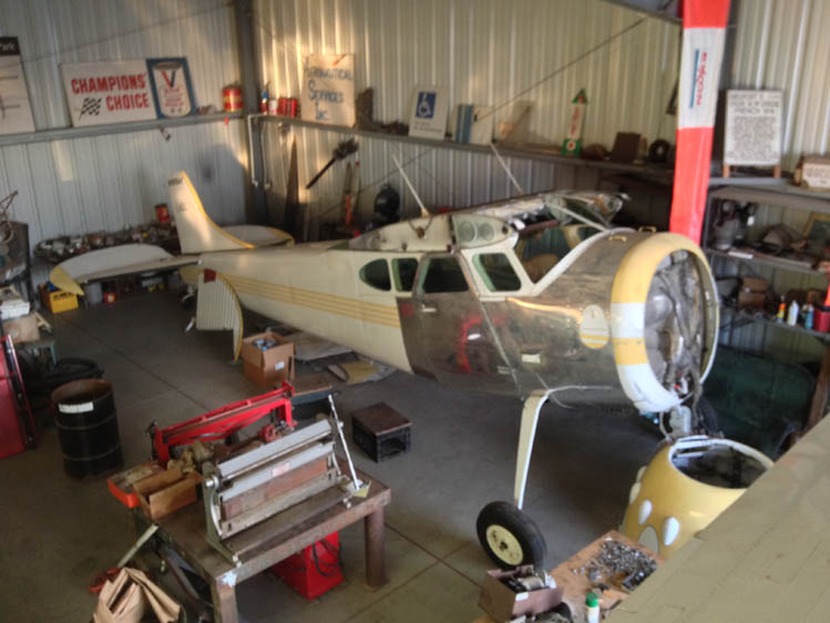 Photo - 20 Cessna 195-3 Ready for an engine