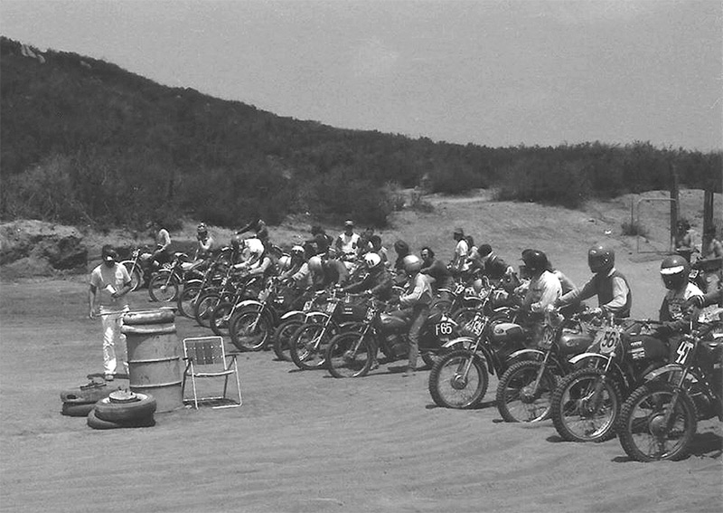 Lee Holth sent us this shot of a pre-starting gate flag start.